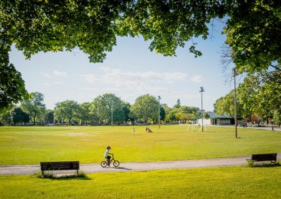 Espaces verts et parcs à proximité de Westbury Montréal